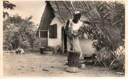 YOCO...pileuse De Riz....edot.maison Jean Bernard..no.48 - Cameroun