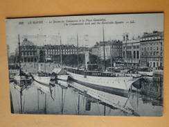 LE HAVRE  --  Lot 2 Cpa Différentes - Yachts Dans Le Bassin Du Commerce - Place Gambetta - Voiliers