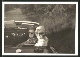 Fotografie Auto Triumph Spitfire, Hausfrauen Sitzen Im Roadster - Automobili