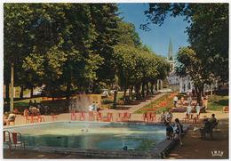 73 AIX LES BAINS - 2424 - Edts Lumicap - Parc Des Thermes, Le Bassin. Echappée Sur L'Etablissement Thermal. - Aix Les Bains