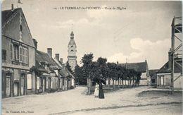 28 - Le TREMBLAY Le VICOMTE -- Place De L'Eglise - Autres Communes