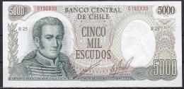 Chile:- 5000 Escudos/P.147b (olive Green Vignette/Sereis B):- UNC - Chile