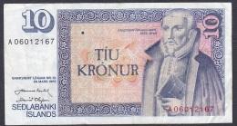 Iceland:- 10 Kronur/P.48 (Nordal/Olafsson):- VF - Islande