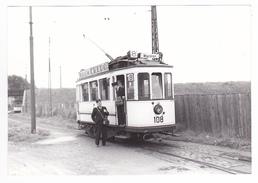 67 Strasbourg Roettig PHOTO Originale Tram Tramway N°108 WACKEN 27/09/1954 VOIR ZOOM Contrôleurs Pub Rhum Credo VOIR DOS - Lieux