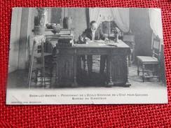 BOOM-LEZ-ANVERS - Pensionnat De L'Ecole Moyenne De L'etat Pour Garçons  - Bureau Du Directeur    -  1908 - Boom