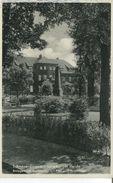 Schneverdingen - Lüneburger Heide. Anlagen Am Marktplatz Mit Post Und Sparkasse 1942 (001689) - Schneverdingen