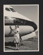 REAL PHOTO Year 1960 HOSTESS AIRPLANE BEA ? AIRCRAFT BRITISH AIRWAYS - Transportation