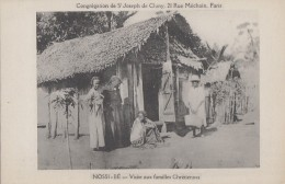 Afrique - Madagascar - Nossi-Bé - Visite Village Familles Chrétiennes - Madagascar