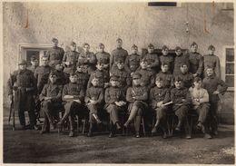 Photo Groupe Militaire Armée Belge De L'officier Caron De Gand - Guerre, Militaire