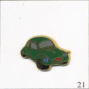 Pin's Automobile - Volkswagen Coccinelle - Version Verte. Estampillé Ballard. Zamac. T550-21 - Volkswagen