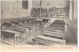 TOUCY (89) Intérieur école Primaire Supérieure Et Professionnelles Larousse Salle D'étude - Toucy