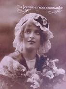 Cpa FEMME BONNET DENTELLE , LA LORRAINE RECONNAISSANTE , WW1 , WOMAN LACE On HEAD  Recto Verso  Prix Fixe - Femmes