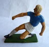 FIGURINE STARLUX  1978 FOOTBALLEUR JOUEUR DE FOOT 01 - Starlux
