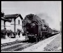 1977   --  TRAIN LOCOMOTIVE VAPEUR EN GARE DE MELZ SUR SEINE  EN 1963   3M850 - Zonder Classificatie