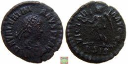Roman Empire - AE4 Of Valentinian II (375-392 AD), VICTORIA AVGGG - 8. La Fin De L'Empire (363-476)