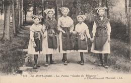 """63 - LE MONT DORE - Les Petites """"Guides Du Baigneur"""" à L' Etablissement Thermal - Le Mont Dore"""