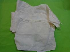 Lot De 3 Chemises De Bebe  Pour  Poupon Ou Poupee..5231 - Kind