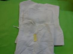 Lot De 3 Chemises De Bebe  Pour  Poupon Ou Poupee..5235 - Kind