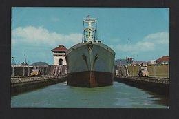 POSTCARD 1960 Years  Panama Canal SHIPS CARGO SHIP BOAT BATEAUX Z1 - Postcards