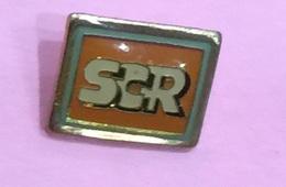TRAVAUX PUBLIC SOCIETE CHIMIQUE DE LA ROUTE SCR - Badges