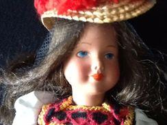 """Poupée Folklorique """" Forêt Noir """" - Dolls"""