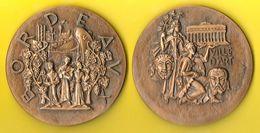 Grosse Médaille 1970 BORDEAUX VILLE D'ART Signée TSCHVDIN 575 G 10,5 Cm - Tourist