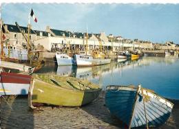 PORT EN BESSIN - Le Bassin De La Criée - Port-en-Bessin-Huppain