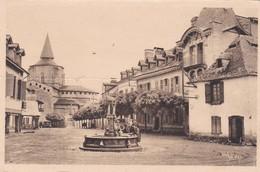 St Savin La Place Du Village - France