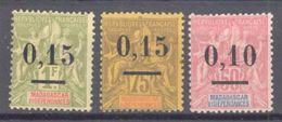 Madagascar: Yvert N° 53/55*; Cote 42.00€ - Madagascar (1889-1960)