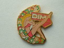 PIN'S FEMME - DIM - Pin-ups