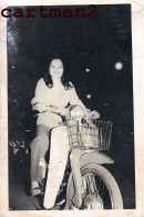MOTO AU VIETNAM SNAPSHOT MOTOCYCLE SCOOTER MOTOR INDOCHINE CYCLOMOTEUR MOTOBIKE - Motos