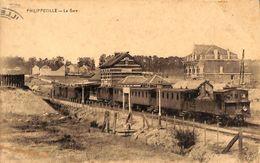 Philippeville - La Gare (animée, Train, Desaix) - Philippeville