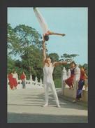 -- Postcard 1960s CHINA SPORTS ACROBATIC GYM GYMNASTICS SPORT - CHINE - China