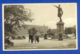 POSTCARD SWEDEN SVERIGE STOCKHOLM STREET & PEOPLE 1930s - Postcards