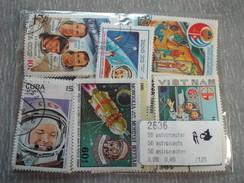 Lot De 50 Timbres Oblitérés : Astronautes - Espace