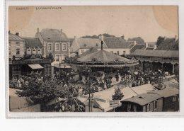 5 - HANNUT - La Grand'place *fête Foraine* Carrousel De Chevaux De Bois* Friture Ampsinoise*cinématopraphe National* - Hannuit