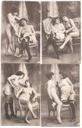 4 CPA  2 JEUNES FEMMES, UNE NUE, UNE EN CHEMISE TRANSPARENTE, BAS Et JARRETIERES  (lesbiennes ?) Photo LAGACHE Paris - Beauté Féminine D'autrefois < 1920