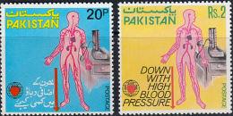 A1177 PAKISTAN 1978, SG 453-4  World Hypertension Month,  MNH - Pakistan