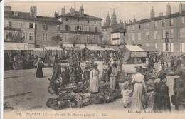 LUNEVILLE Le Marché Léopold - Luneville