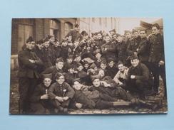 Peloton / Militairen / Soldaten ( NO ID ) 19?? ( Foto ? : Zie Foto Details ) ! - Guerre, Militaire