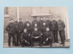 Peloton / Militairen / Soldaten ( NO ID ) 19?? ( Foto ? : Zie Foto Details ) ! - Guerra, Militari