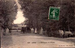 Yonne - Laduz - L'abreuvoir Et L'école - Autres Communes