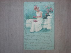 Jeune Dame Assise Sur Un Banc De Pierre Faisant Un Bouquet De Fleurs, 1901, Timbre (F3) - Illustrateurs & Photographes
