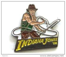 K133 Pin's Cinema Movie Film  Indiana Jones Harrison Ford Achat Immediat - Cinéma