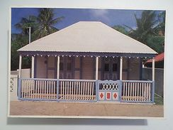 POSTCARD & STAMP YEAR 1993 GUADELOUPE TYPICAL HOUSE MAISON CRÉOLE Z1 - Postcards