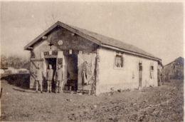 PHOTO FRANÇAISE - POILUS DEVANT LEUR PALACE A MOURMELON LE PETIT PRES LIVRY LOUVERCY - MARNE - REIMS 1914 1918 - 1914-18