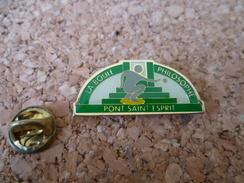 Pin's ** La Boule Philosophique - Pont Saint Esprit (gard)  ** Sport - Ville -club De  Pétanque - Bowls - Pétanque