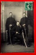 Cpa CARTE PHOTO MILITARIA MILITAIRES En UNIFORMES Et SABRES 31° REGIMENT PHOTO CHANTELOU LE MANS SARTHE 72 - Guerre 1914-18