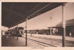LA GARE DE SAIGON - LE TRAIN EN GARE - BELLE CARTE - SEPIA - ANIMATION -  TOP !!! - Viêt-Nam