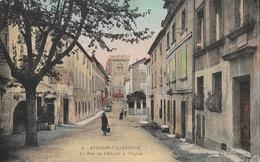 Avignon-Villeneuve - La Rue De L'Hôpital Et L'Eglise - Edition Des Dames De France, Carte N° 9 Colorisée, Non Circulée - Villeneuve-lès-Avignon